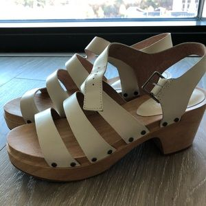 Madewell - wooden ivory sandals, size 9.5